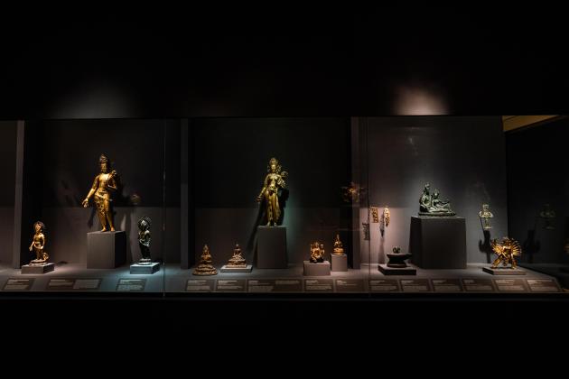 Des Bodhisattva du XIIe siècle conservés au Metropolitan Museum of Art de New York, en mai 2021.