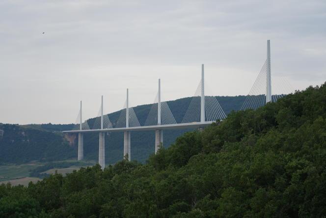Le viaduc de Millau (Aveyron).