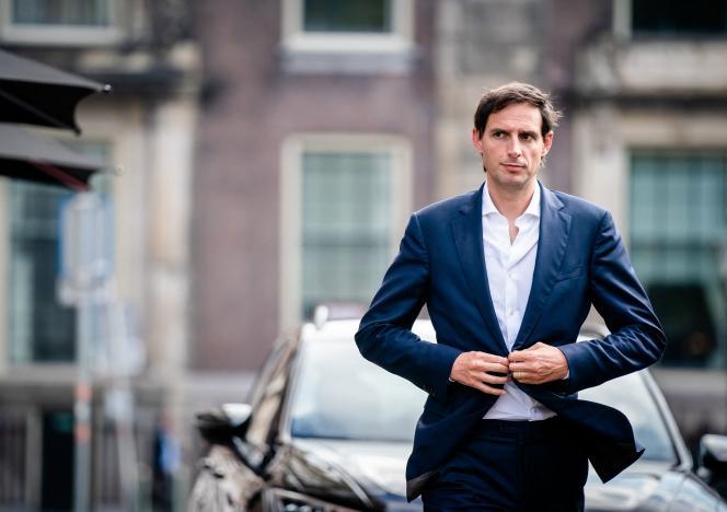 Le ministre des finances sortant Wopke Hoekstra, à son arrivée pour le conseil des ministres au Binnenhof à La Haye, le 24 septembre 2021.