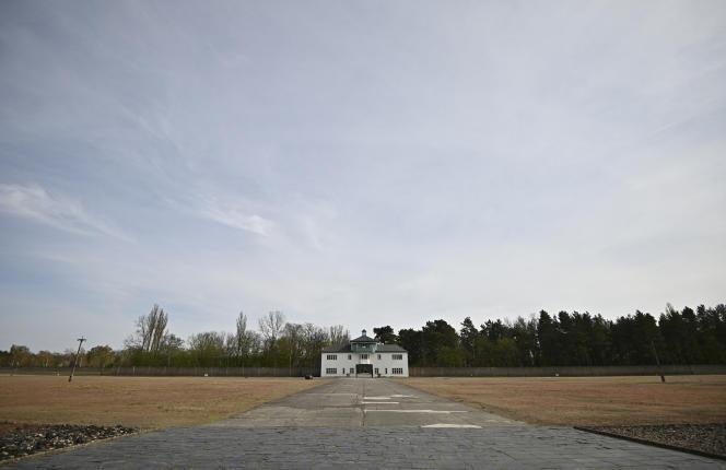 L'entrée de l'ancien camp de concentration nazi de Sachsenhausen, le 16 avril 2020.