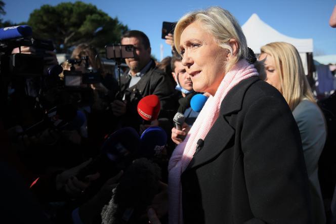 Marine Le Pen, kandydatka Zlotu Narodowego (RN) w wyborach prezydenckich, w Gavigno, Grond, 30 września 2021 r.