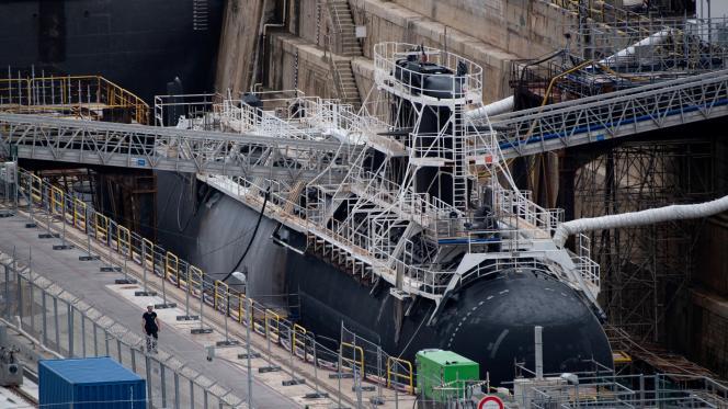 Un sous-marin nucléaire d'attaque de la marine française à la base navale de Toulon, le 12 juin 2020.