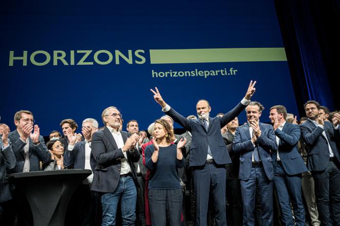 Edouard Philippe lance son parti lors d'un meeting au Carré des Docks, au Havre, samedi 9octobre.