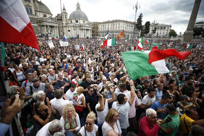Piazza del Popolo lors d'une manifestation, à Rome, le 9octobre2021.