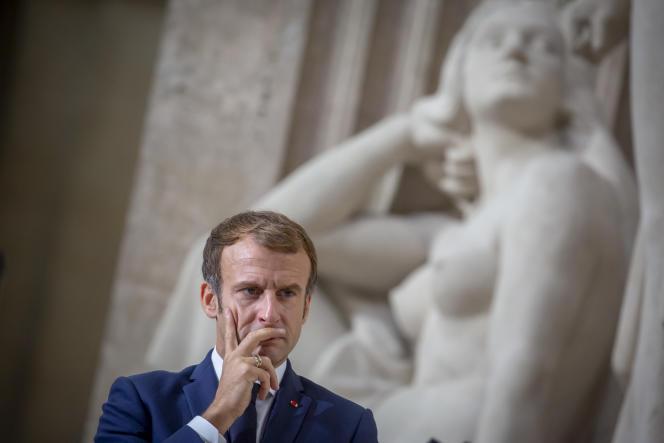Emmanuel Macron, lors de la commémoration du 40e anniversaire de l'abolition de la peine de mort, au Panthéon, à Paris, le 9 octobre 2021.