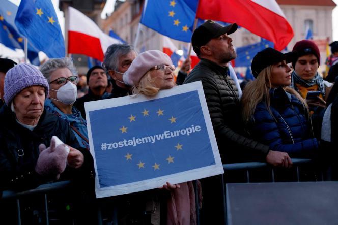 Proeuropejski protest w Warszawie 10 października 2021 r.