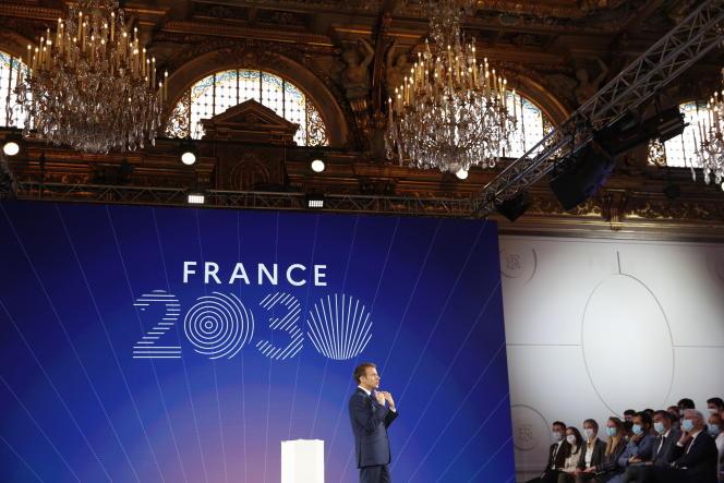 Le président, Emmanuel Macron, lors de la présentation du plan d'investissement France 2030, le 12 octobre 2021, à l'Elysée, à Paris.