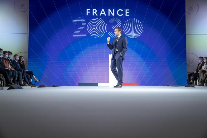 Emmanuel Macron lors de la présentation du plan France 2030, à l'Elysée, le 12 octobre 2021.