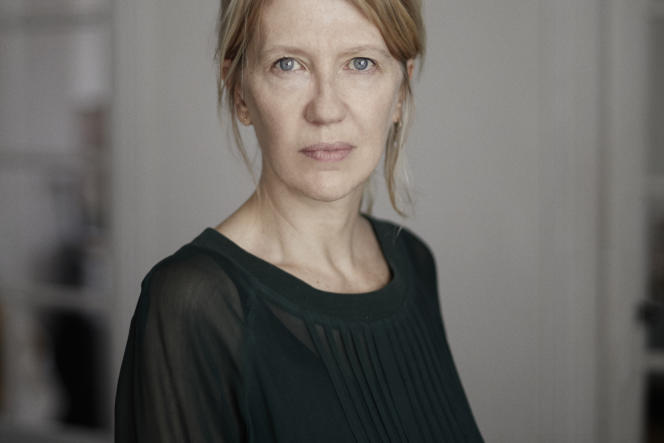 L'autrice et journaliste Judith Perrignon.