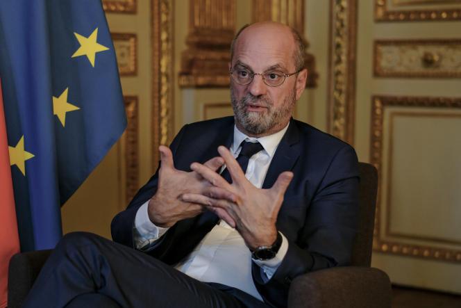 Jean-Michel Blanquer, dans son bureau au Ministère de l'Éducation Nationale à Paris, le 13 octobre 2021.