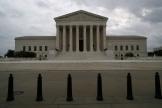 La Cour suprême des Etats-Unis garantit depuis 1973 et l'arrêt emblématique Roe v. Wade, le droit des femmes à avorter,