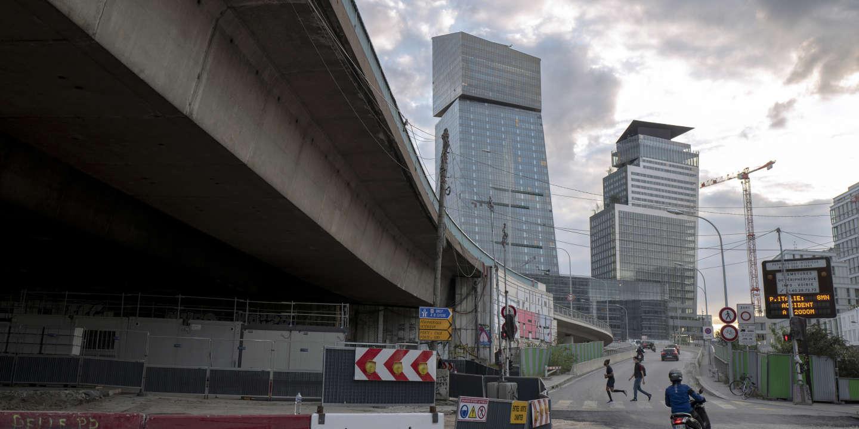 Regarder la vidéo A l'ombre des tours Duo, censées reconnecter Paris et sa banlieue
