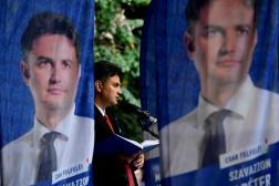 Peter Marki-Zay en campagne avant le second tour de l'élection primaire de l'opposition, à Budapest, le 10 octobre 2021.
