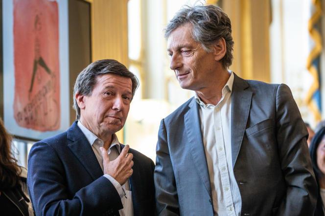 Gilles Pélisson (gauche) et Nicolas de Tavernost (droite), au ministère de la culture, à Paris, en mai 2019.