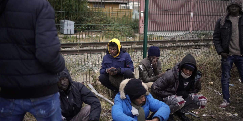 Migrants : « La violence exercée par l'Etat est toujours plus forte à Calais »