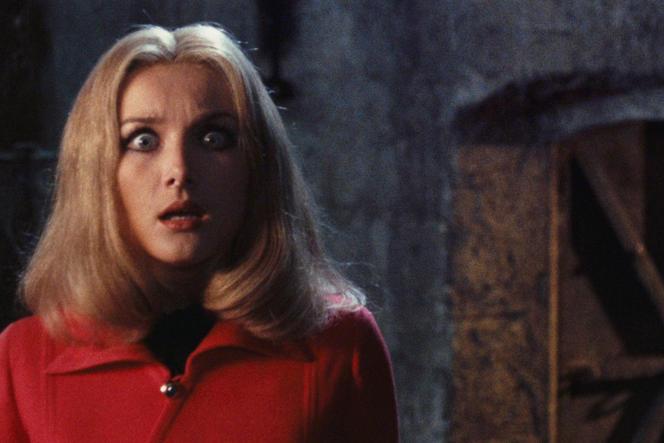 Barbara Bouchet dans « La dame rouge tua sept fois»(1972), d'Emilio Miraglia.