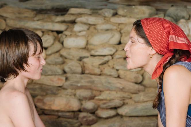 Luc Bruchez et Laetitia Casta dans «Le Milieu de l'horizon», de Delphine Lehericey.