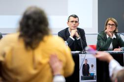 Edouard Durand et Nathalie Mathieu, coprésidents de la Ciivise, lors de la première réunion publique organisée, à Nantes, le 20 octobre 2021.
