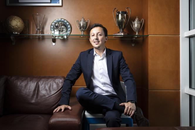Le président de l'OM, Pablo Longoria, dans son bureau, à la Commanderie, à Marseille, le 13 octobre 2021.