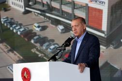 Le président turc, Recep Tayyip Erdogan, s'adresse à ses partisans à Eskisehir (Turquie), le 23 octobre 2021.