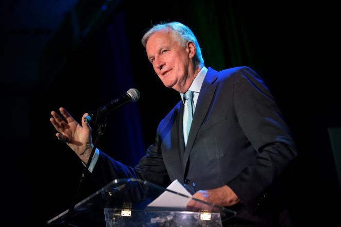 Michel Barnier lors d'un meeting de campagne à Neuilly-sur-Seine (Hauts-de-Seine), le 18 octobre 2021.