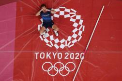 Renaud Lavillenie, de l'équipe de France, lors de la finale masculine du saut à la perche des Jeux olympiques de Tokyo, le 3 août 2021.