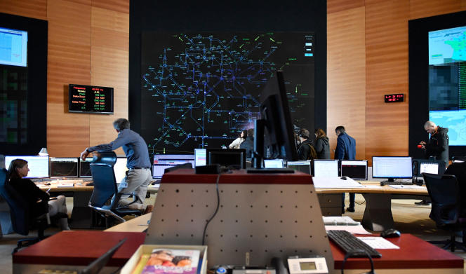 Network supervision room at RTE, in Saint-Denis, February 26, 2018.