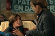 Raf (Valeria Bruni Tedeschi) et Julie (Marina Foïs) dans« La Fracture », de Catherine Corsini.