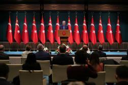 Le président turc Recep Tayyip Erdogan s'adresse à la presse le 25 octobre 2021, à Ankara.