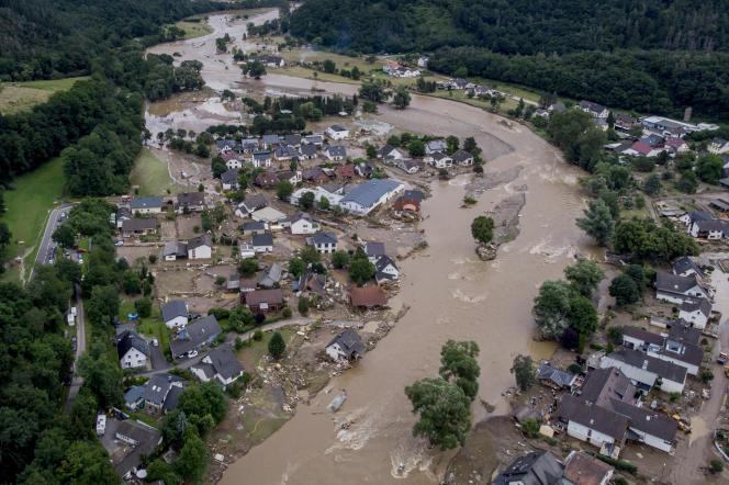 Des inondations à Insul, en Allemagne, le 15 juillet 2021. La rivière Ahr est sortie de son lit en raison de fortes pluies.