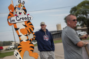 Des salariés de Kellogg's en grève, à Battle Creek (Michigan), mardi 26 octobre.