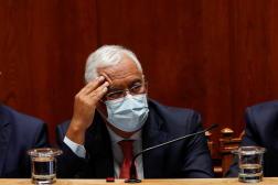 Antonio Costa lors du débat sur le projet de budget de l'Etat pour 2022, rejeté en première lecture au Parlement à Lisbonne, le 27 octobre 2021.