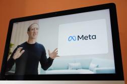 Mark Zuckerberg dévoile le nouveau nom de la maison mère de Facebook, Meta, jeudi 28octobre2021.