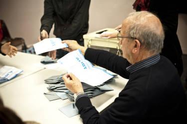 Elections municipales. Depouillement. 18H15. Perpignan, France. Le 23/03/2014