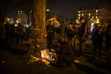 Des personnes participent ˆ la marche contre la terreur, le 11 janvier 2015, Place de la Nation ˆ Paris, suite aux tueries de Charlie Hebdo, de Montrouge et de l'hyper Casher.